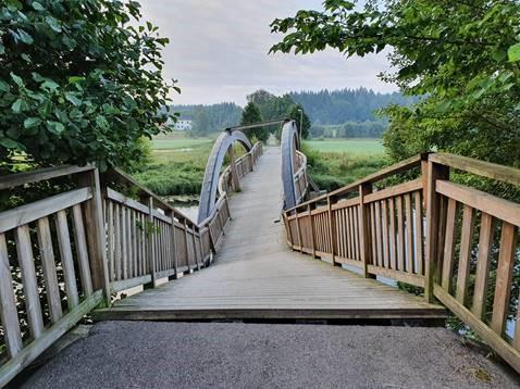 Gång- och cykelbro i Uddebo