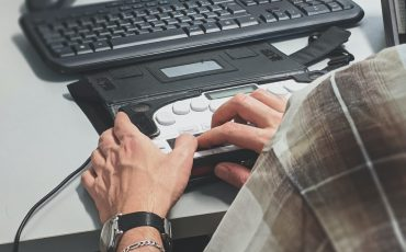 Tillgänglighetshjälpmedel till dator
